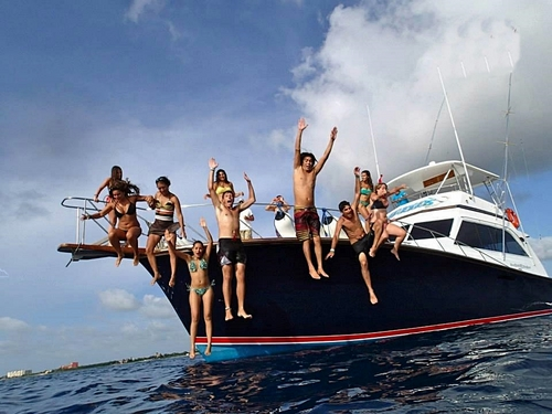 Cozumel private yacht Cruise Excursion Reservations