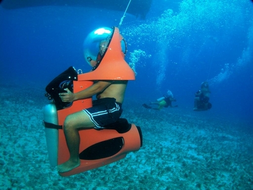 Dive scooter tours in Cozumel