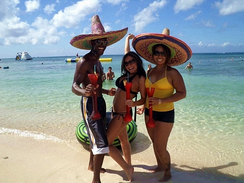 Parasailing cruise shore excursions in Cozumel