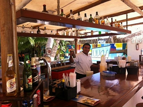 Playa Uvas open bar