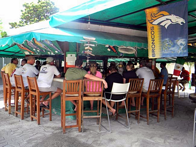 Kelleys Sports Bar and Grill Cozumel